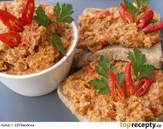 Pikantní bůčková pomazánka Salty Foods, Party Snacks, Fried Rice, Food And Drink, Appetizers, Cooking Recipes, Treats, Chicken, Healthy