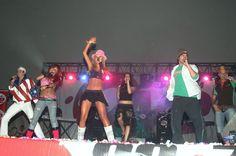 RBD em show promovido pela rádio Oye (23.10.05) - HQ - Galeria MaiPerroni