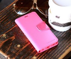 The Classic Diary protects your phone from damages such as scratches, smudges and other external factors. Choose from a variety of colors to give your phone a stylish look.