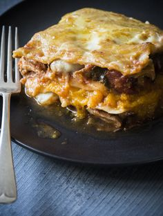 Chelsea Winter's gorgeous Italian-style chicken lasagne with pumpkin, a rich homemade tomato sauce and lashings of cheesy sauce.