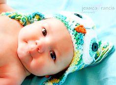 Newborn pictures! Newborn Photography | Baby Pictures | Newborn Pose | Newborn Props