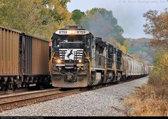 RailPictures.Net Photo: NS 8759 Norfolk Southern GE C40-8 (Dash 8-40C) at Chattanooga, Tennessee by KD Rail Photography