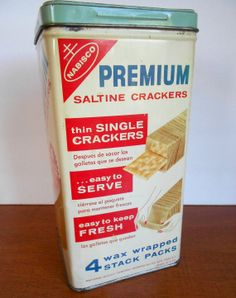 Vintage Cracker tin  Nabisco Saltine Cracker by BrightShinyPenny, $15.00
