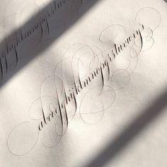 Cursive Calligraphy Alphabet, Flourish Calligraphy, Handwriting Alphabet, Copperplate Calligraphy, Learn Calligraphy, Penmanship, Calligraphy Tutorial, Lettering Tutorial, Letras Tattoo