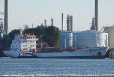 http://koopvaardij.blogspot.nl/2017/06/26-juni-2017-in-de-beneluxhaven.html    De voormalige Nederlandse DUTCH NAVIGATOR van Pungelaer B.V., Dordrecht   Manager Essberger Tankers B.V., Dordrecht