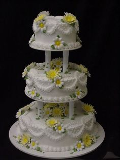 We are a full line bakery providing wedding cakes, cakes, cupcakes, breads, and other delicious treats Amazing Wedding Cakes, Elegant Wedding Cakes, Amazing Cakes, Pretty Cakes, Beautiful Cakes, Vow Renewal Cake, Best Vanilla Cake Recipe, Different Types Of Cakes, Cupcake Cakes