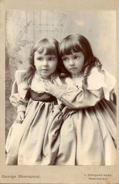 Doncaster - c. 1900 - (Via)