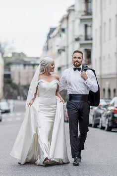   ETUSIVU Body M, Sans Serif, Helsinki, 2 Colours, Wedding Portraits, Wedding Photography, Couples, Wedding Dresses, Fashion