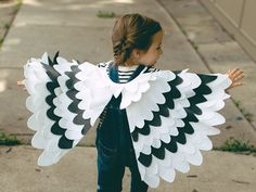 Items similar to Kids Costume Bird Wing Cape, Bird Costume, Halloween Costume for Girls Carnival Costume for Boys Snowy Owl, Seagull, Toddlers Costume on Etsy Toddler Costumes, Halloween Costumes For Girls, Halloween Ideas, Bird Wings Costume, Owl Wings, Wings Diy, Small Bird Tattoos, Capes For Kids, White Wings