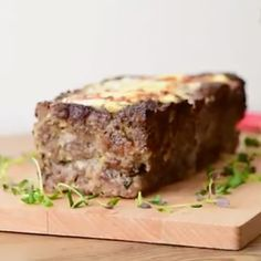 Pork Recipes, Healthy Recipes, Meatloaf, Deli, Banana Bread, Food And Drink, Favorite Recipes, Sweets, Dishes