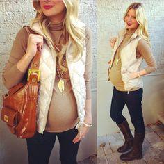 Fall maternity style via @Lauren_Elan