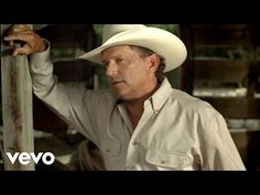 George Strait Shares His Honest Opinion Of Modern Country Music | Country Music Nation