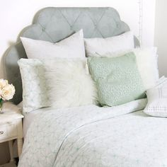 Pinwheel perfection.  Light and airy, the Pinwheel Duvet and Sham Set features a soft yet bold geometric design that pops perfectly. Calming mint colored lines printed on a crisp white 100% cotton adds to the minimalist appeal, giving off a chill, zen-like vibe. With a built-in hidden zippered closure for easy bed making, this cool duvet set is perfectly practical and simplistic. Set includes a duvet cover and matching pillow sham(s). Duvet insert is not included.ed.