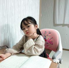 Cute Korean baby Kwon Juli i Cute Asian Babies, Korean Babies, Asian Kids, Cute Babies, My Baby Girl, Mom And Baby, Baby Girl Newborn, Baby Kids, Korean Girls Names