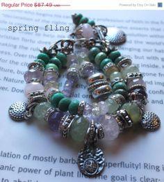 ON SALE chunky bracelet multi strand wrap bracelet por soulfuledges, $69.99