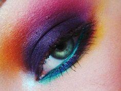 16 Vibrant Rainbow Eyeshadow Ideas
