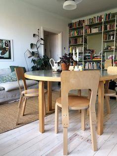 Home Interior, Living Room Interior, Interior Design, Teak Furniture, Simple House, House Colors, Dining Area, Interior Inspiration, Living Spaces