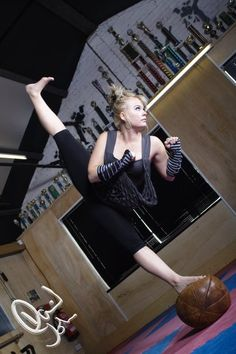 Female Karate Black Belt   Women in the martial arts – Emma Elmes   . . . Now that's balance!