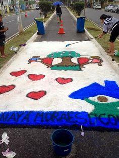 Blog do Inayá: Inayá confecciona o tradicional tapete de sal de Corpus Christi
