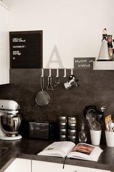 black & white kitchen w/ concrete counter tops. The Design Files, Küchen Design, House Design, New Kitchen, Kitchen Dining, Kitchen Decor, Kitchen Ideas, Kitchen Display, Modern Kitchen Design