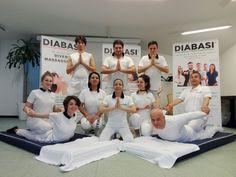 Foto di gruppo del corso di Massaggio Thailandese a Roma.