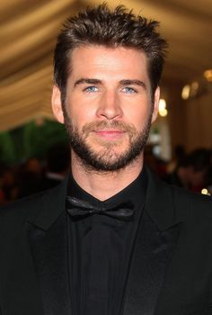 Liam Hemsworth Shows Off Toned Body on His 31st Birthday