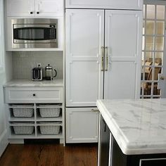 White Quartzite Countertops, Contemporary, kitchen, Benjamin Moore Decorators White, Design Manifest