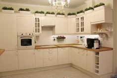 Кухня Икея Фактум Стот в инетрьере кухни в стиле прованс