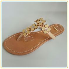 New Design Lady Shoes for 2018 picture from Shantou-City Poocan Footwear Co. view photo of Fashion Slipper, Lady Shoes, New Shoes.Contact China Suppliers for More Products and Price. Kids Clogs, China, Mexican Food Recipes, Tory Burch, Sandals, Lady, Shoes, Design, Fashion