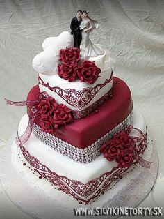 Nádherný • svatební dort