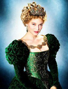 La Belle Robe Verte - la-belle-et-la-bete-2014 Photo