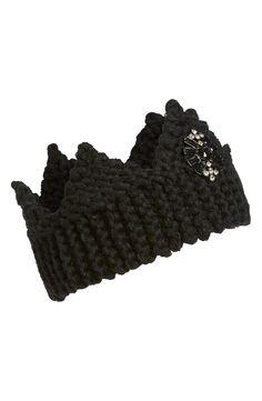 So rocking this knit crown!
