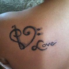 My henna tattoo!!! Thanks Ashlee!