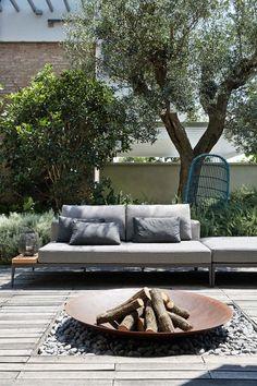 Brasero - 10 idées pour la terrasse Jardin Méditerranéen, Salon De Jardin,  Meuble Jardin ad6385bd4417