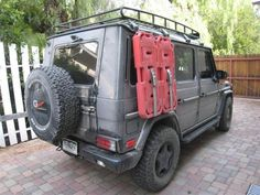 G-wagen at the Auto Show in Tokyo 2010 - Expedition Portal