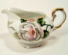 GRACE CHINA JAPAN SCARSDALE ( SAME AS ROYAL EMBASSY ) FOOTED CREAMER PITCHER