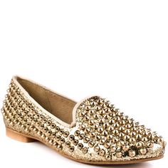 Find your handsome stud in this Steve Madden flat.  Studdlyy features a sparkly gold glitter upper decorated with edgy spikes through out.  You'll love the classic style of the loafer taken to a bold new level. - HighOnShoes.com