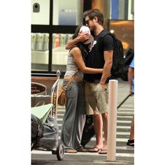 ZAC EFRON Zac Efron Dylan ❤ liked on Polyvore featuring vanessa hudgens, zanessa, couples, vanessa and zac efron