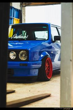 VW Golf Mk1 Golf Mk1, Vw Classic, Volkswagen Jetta, Golf Tips, Fiat, Motor Car, Cannon, Cars And Motorcycles, Low Life