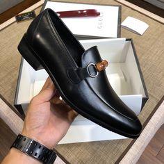 Mens Shoes Boots, Leather Shoes, Men's Shoes, Shoe Boots, Cute Love Images, Italian Shoes, Stylish Mens Outfits, Mens Fashion Suits, Gucci Men