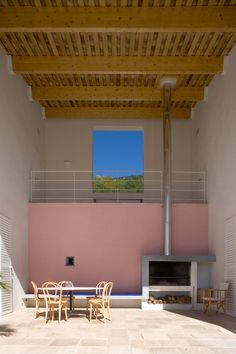 Pops of pink in this French villa