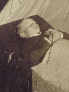 Pre and Post Mortem Photography on Pinterest | Post Mortem, Post Mortem Photography and Memento Mori