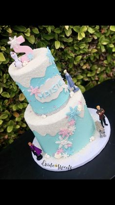 Girly frozen snow vibes for a birthday celebration! 5th Birthday, Birthday Celebration, Frozen Snow, Two Tier Cake, Tiered Cakes, Girly, Celebrities, Desserts, Food