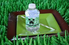 2014 unique minecraft tableware table setting in grass blocks for Halloween #2014 # Halloween #minecraft #tableware #table #setting  #