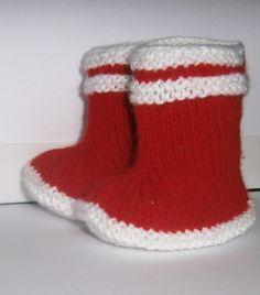 Chaussons bottes de pluie Bébé ou reborn tricotés mains sans couture : Mode Bébé par marie-boutdefil