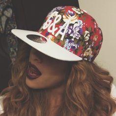 Suivez moi for the best hat trends 58bb3040df8e