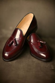 tassel loafers men burgundy maroon leather shiny