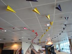 Paper airplanes on the ceiling Classroom Ceiling Decorations, School Decorations, Classroom Themes, Classroom Layout, Classroom Design, Future Classroom, School Classroom, Classroom Organization, Airport Theme
