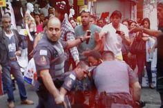 """PM bate recorde de mortes em SP [em 2014] e não reduz crimes - (R7 São Paulo) - """"A letalidade dos policiais militares de São Paulo é a mais alta dos últimos dez anos. Nesse período, o total de crimes permaneceu no mesmo patamar.  De janeiro a novembro de 2014, 816 pessoas foram mortas por PMs no Estado, o que representa, em média, uma morte a cada 9,8 horas."""""""