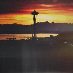 A beautiful view of the space needle at sunset!
